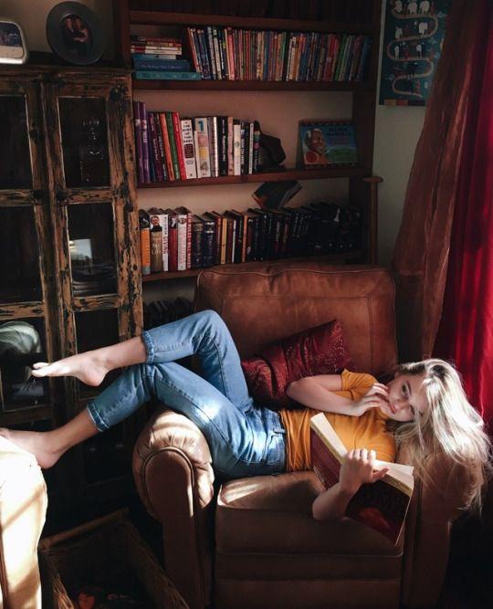 pin von makenna hardin auf books instagram foto ideen. Black Bedroom Furniture Sets. Home Design Ideas