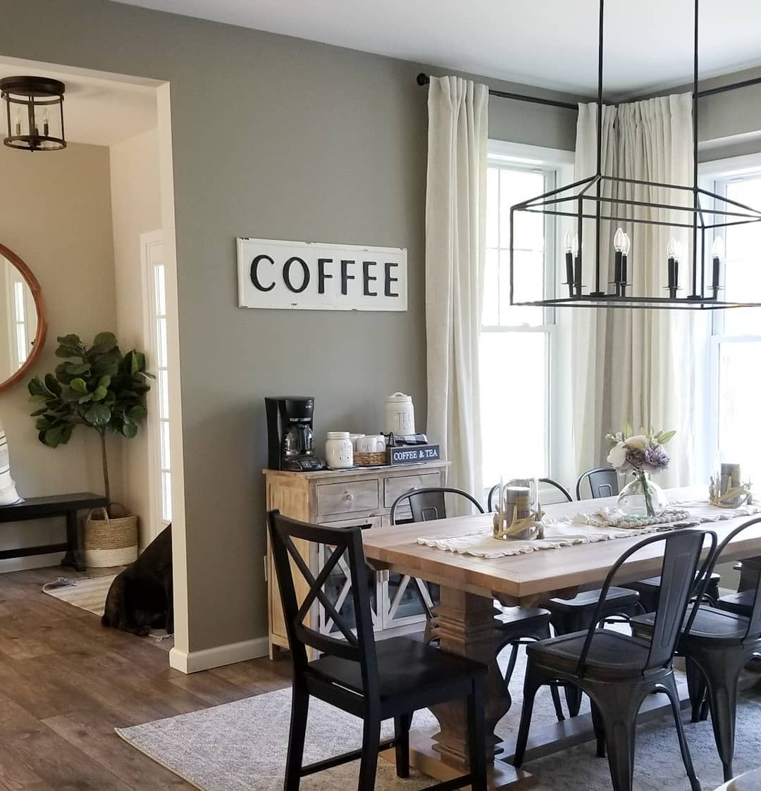 We Re Fawning Over This Dining Room From Buildingwiththebrozeks On Instagram She Paired Dining Room Wall Color Dining Room Paint Colors Dining Room Colors