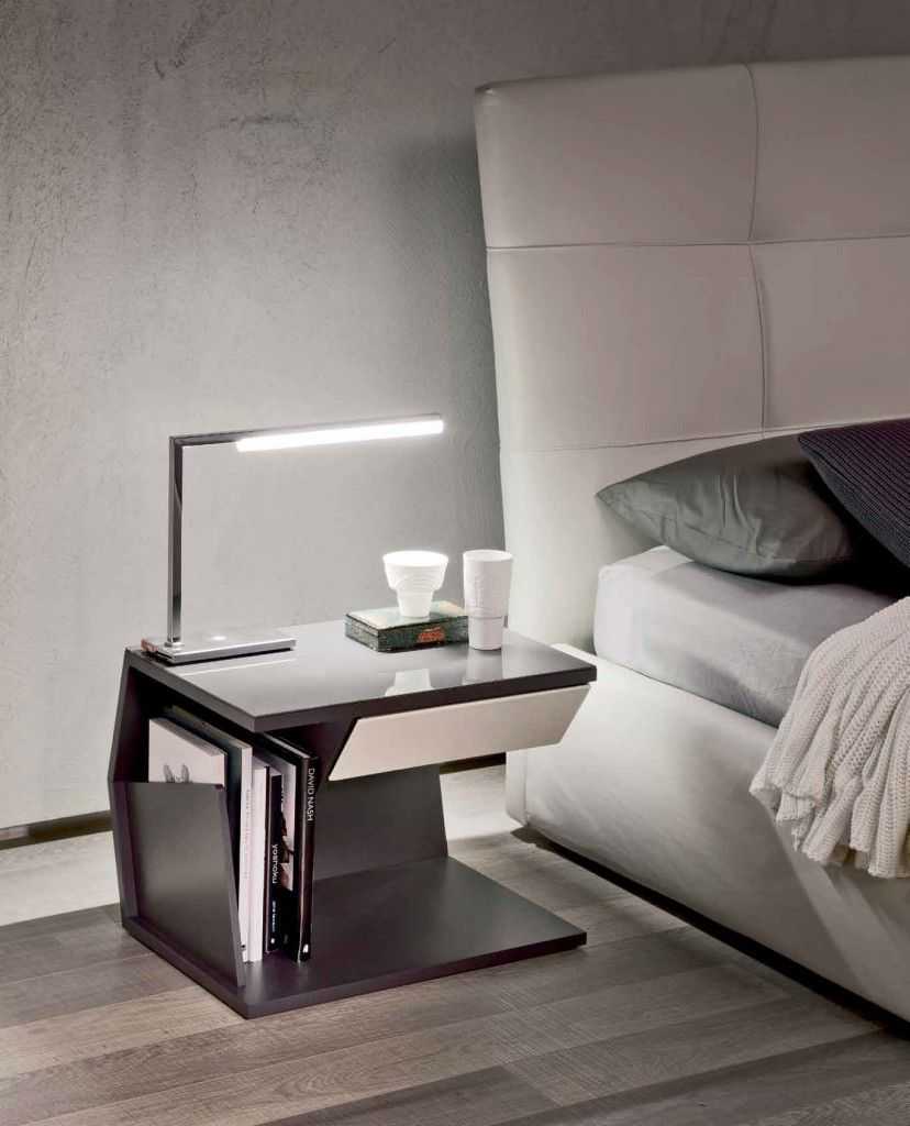 Mobili Design Camera Da Letto.17 Inspiring Bedside Table Designs Comodini Mobili Design Di