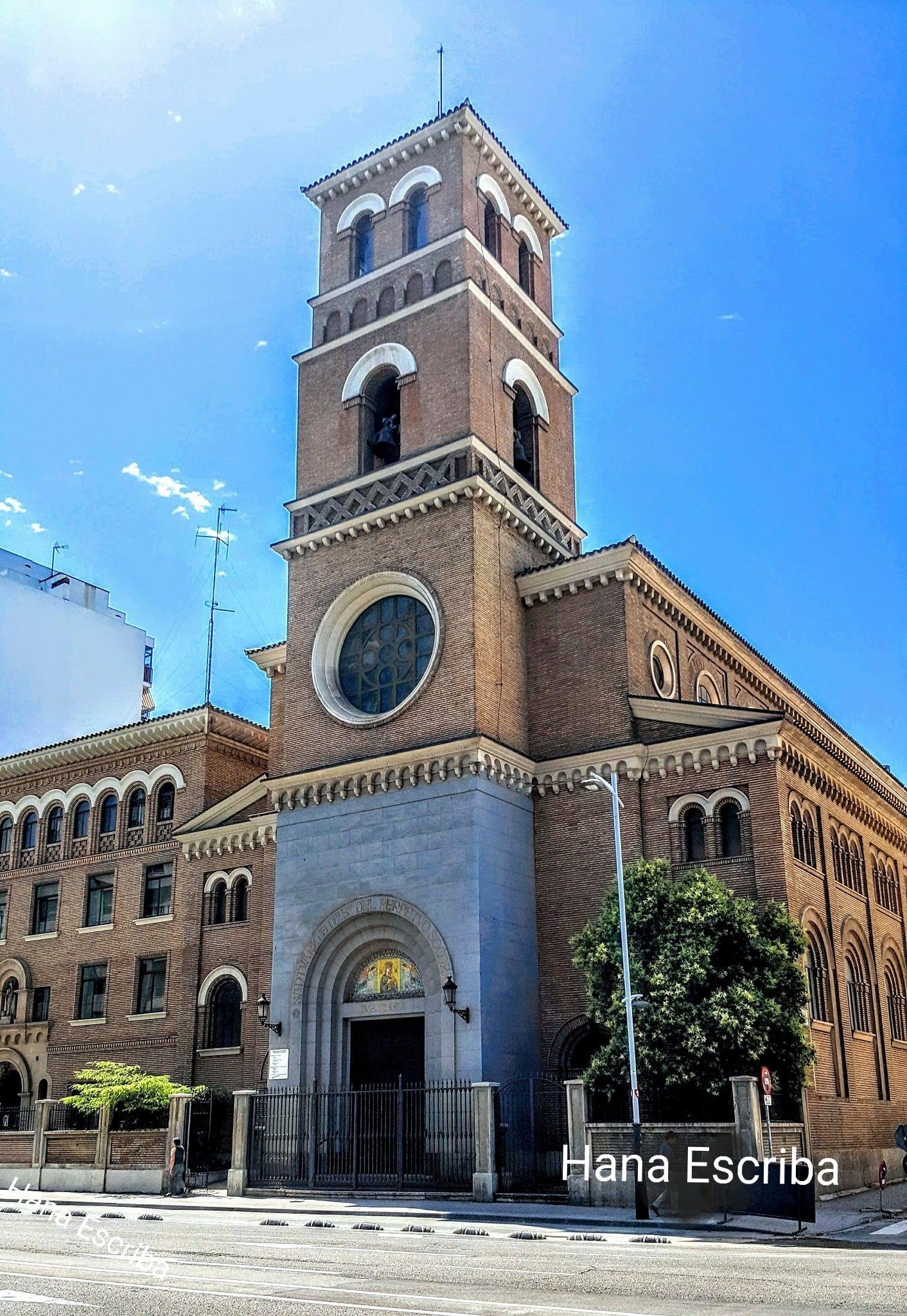 Iglesia Del Perpetuo Socorro En Avenida Francisco De Goya En Zaragoza Fotografía De Hana Escriba Zaragoza Fotos Fotos Antiguas