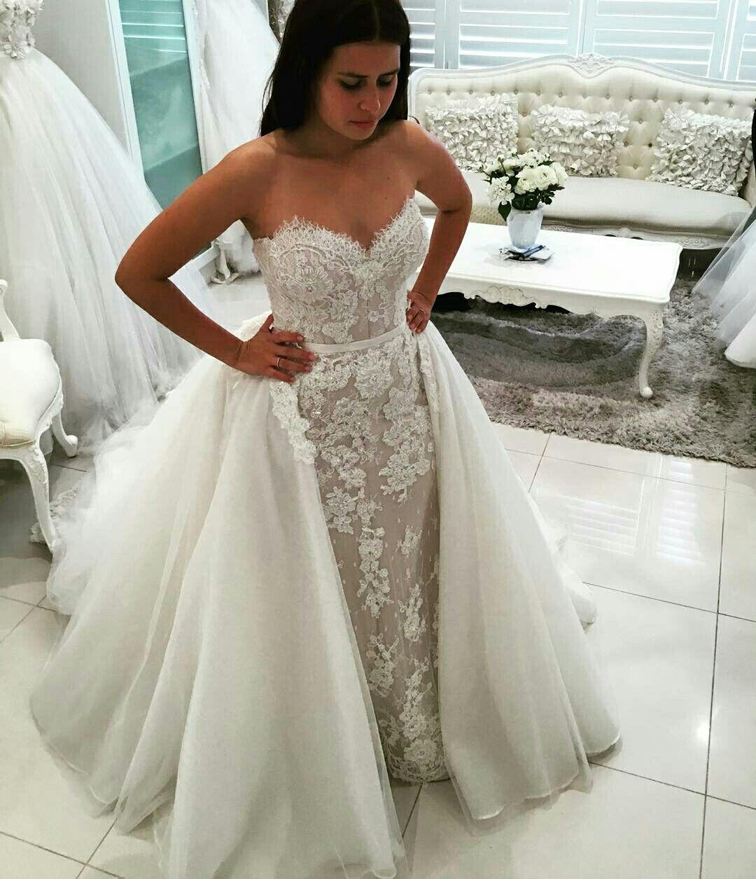 Pin by Alexandra on Wedding ideas Detachable train