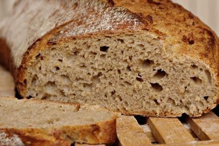 Špaldový kváskový chleba je chuťově naprosto geniální. Pro ty, kdo rádi…