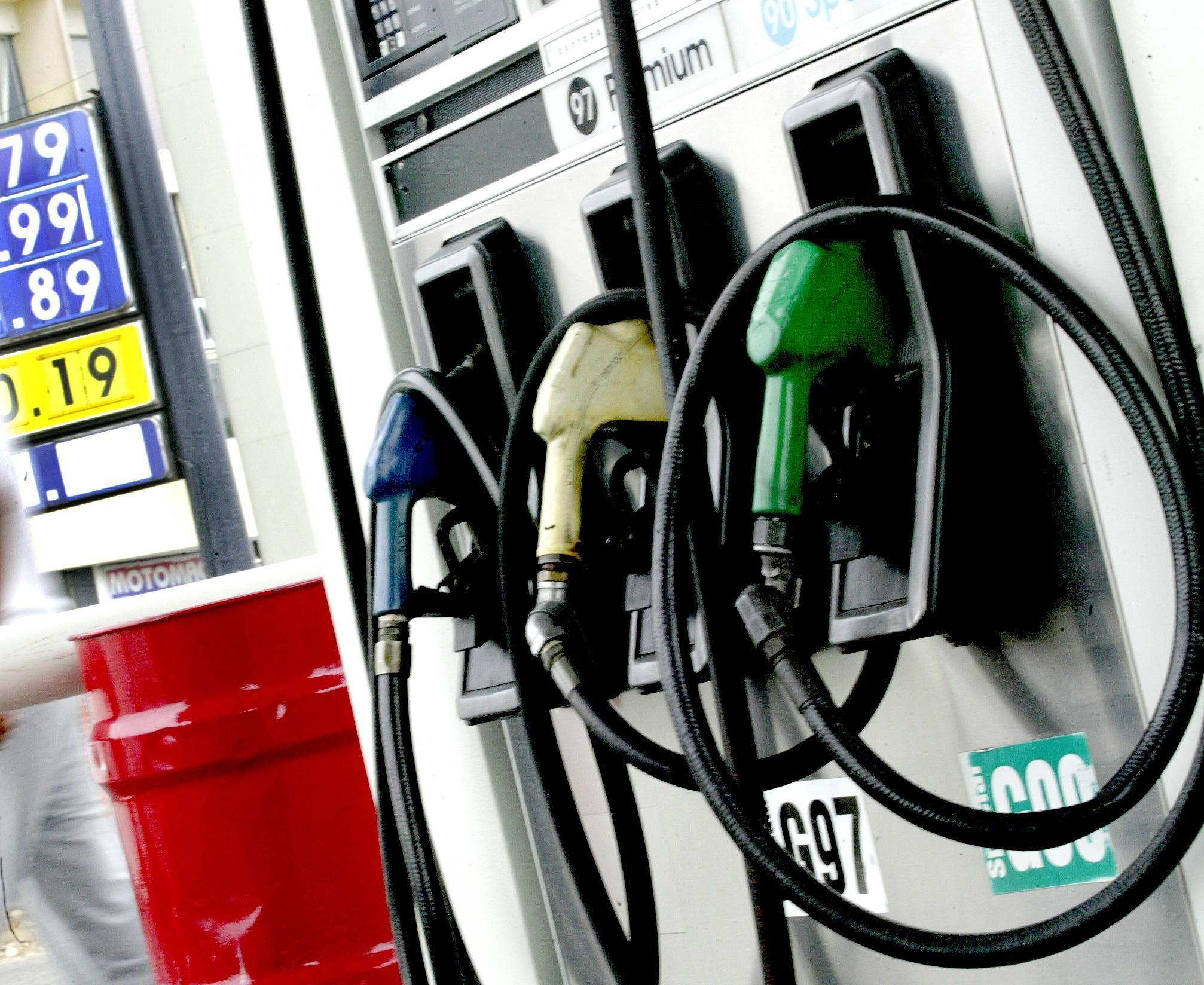 Bajan precios de los combustibles a excepción del GLP (con