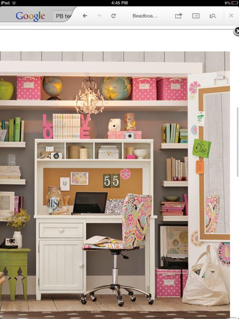 Space Saving Teens Bedroom Furniture: 15 Chic Yet Functional Teen Girl's Workspaces