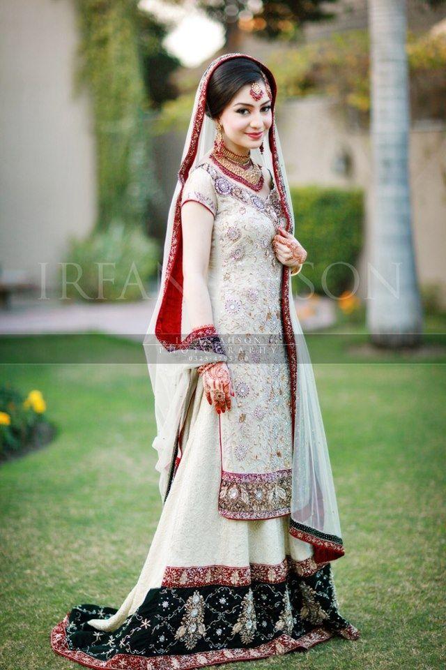 f3586a4854 Cream Red Black Gharara Courtesy Fine Art Weddings By Irfan Ahson