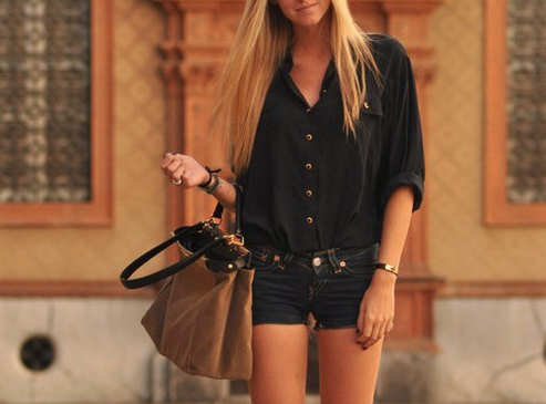 Black out. Summer style.