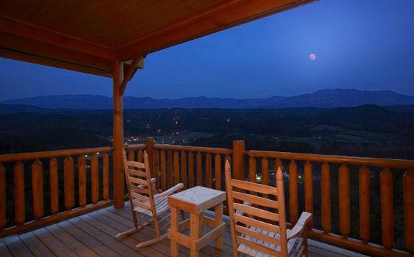 Genial 100 Mile View Is A Pigeon Forge Upper Middle Creek Cabin Vacation Rental In Smoky  Mountains TN. This Pigeon Forge Upper Middle Creek Rental Is Perfect For ...