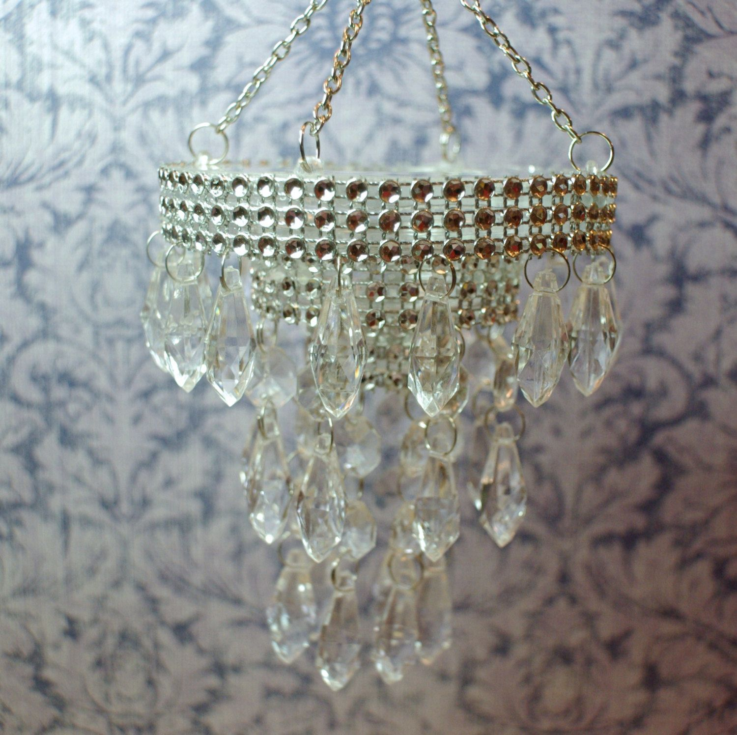 Dollhouse Chandelier Tutorial: Miniature+Dollhouse+Chandelier+by+KammysCreations+on+Etsy