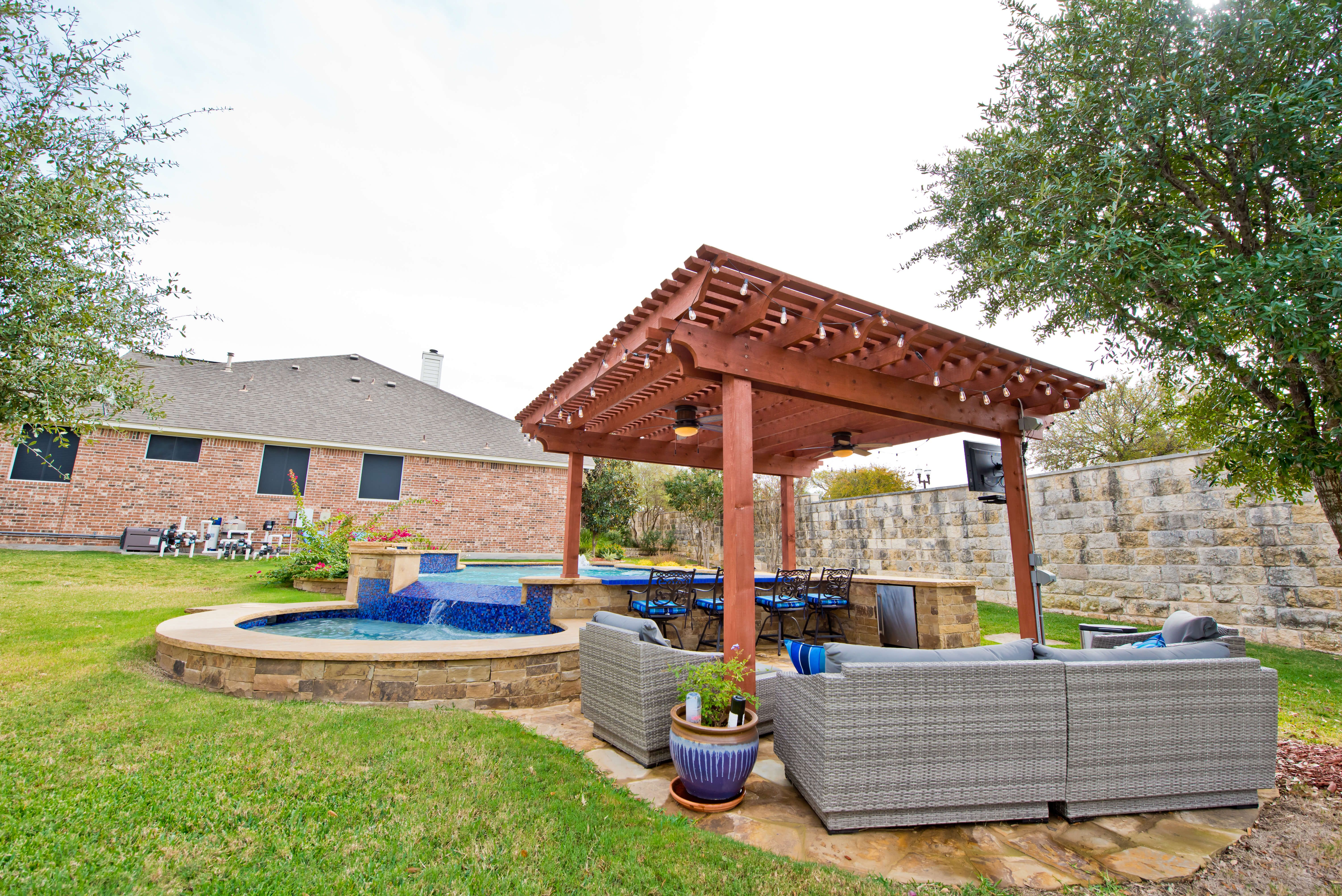 Pin By Texas Pools Patios On Texas Pool And Patio Outdoor Living Pool Patio Outdoor Living Pool Builders