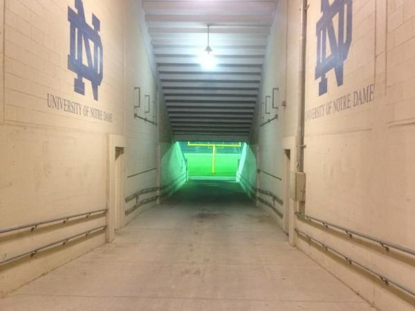 Pin By Bruce Tomaso On Nd Notre Dame Fighting Irish Notre Dame University Notre Dame Football