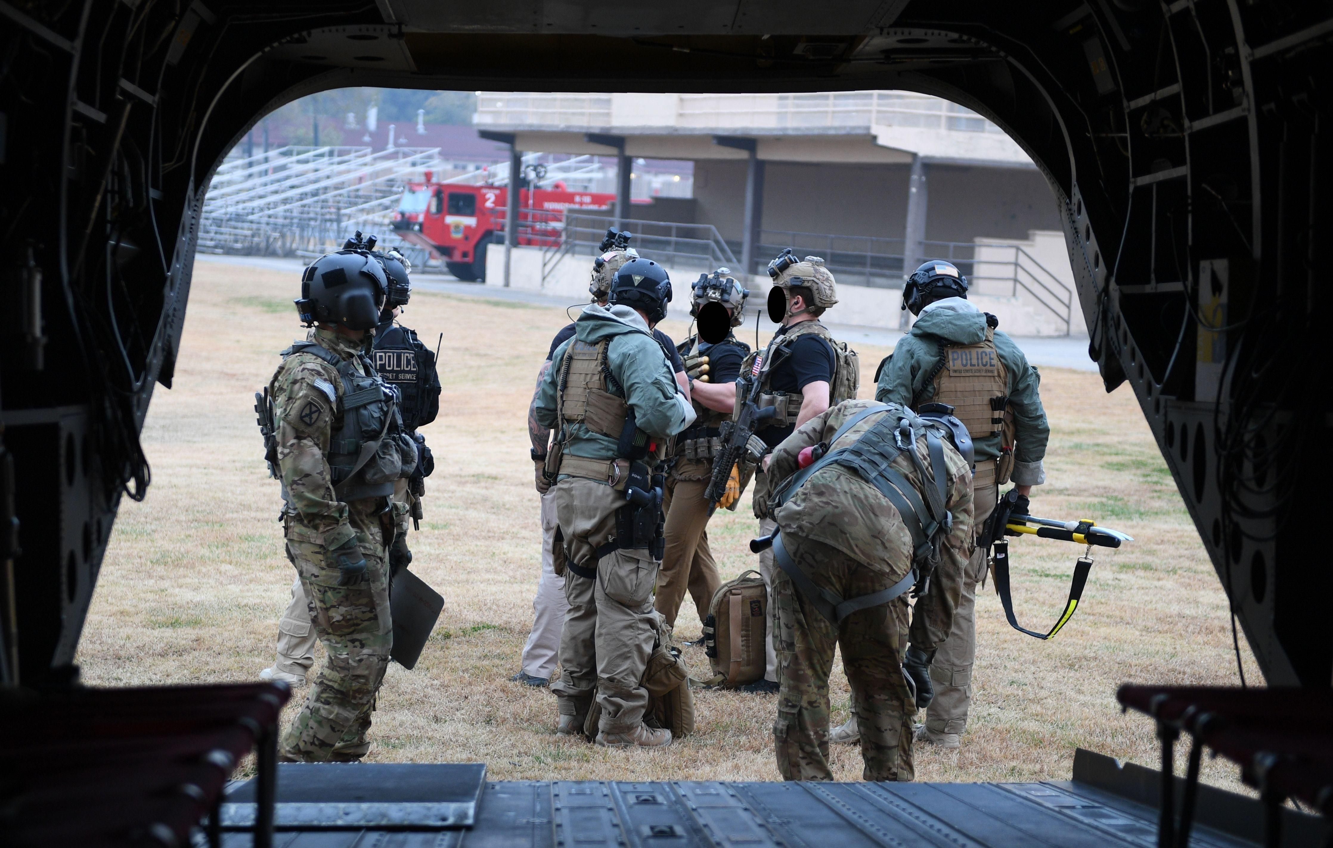 US Secret Service CounterAssault Team members