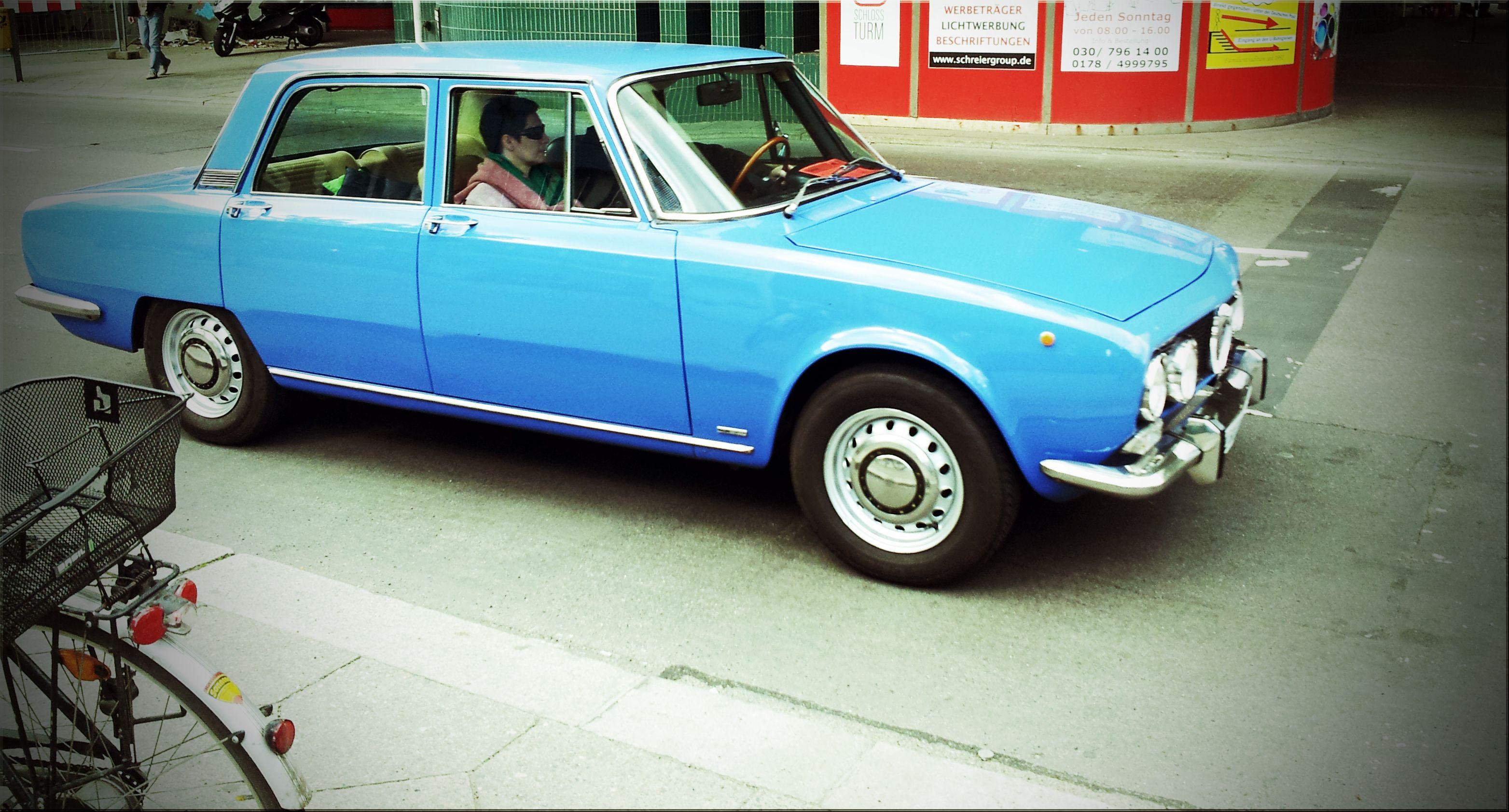 ein alter schöner Alfa Romeo, gesehen in Berlin!