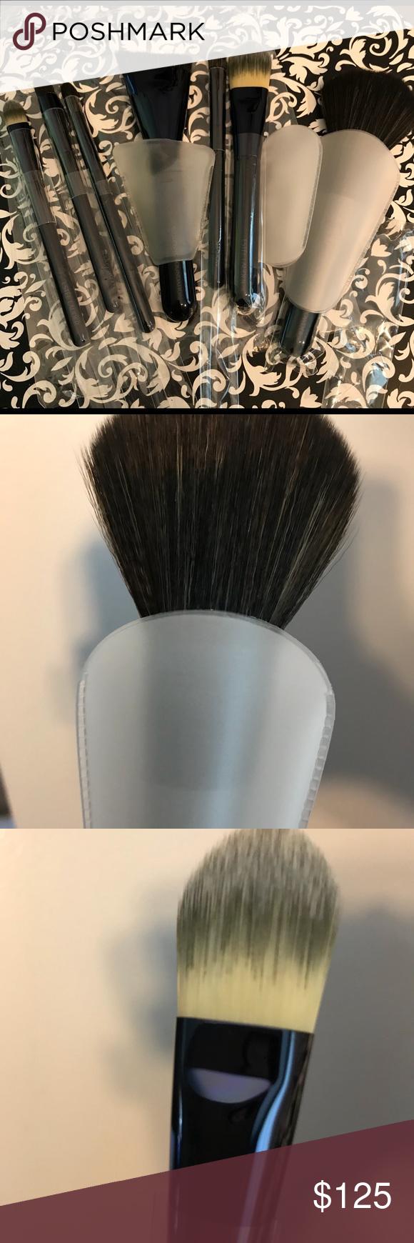 Estée Lauder 5 pc makeup brush set, new 1 powder brush 1