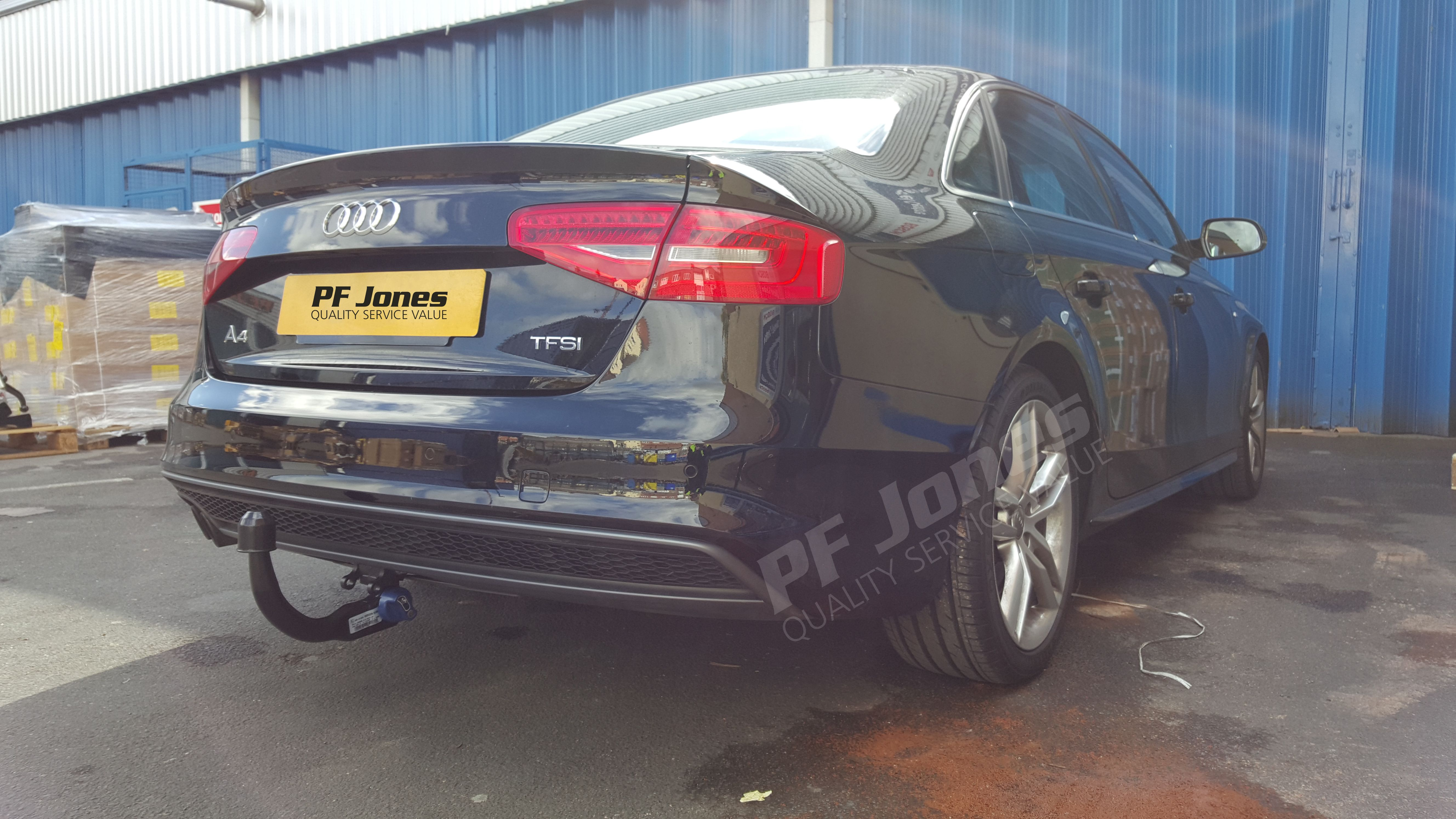 Audi A4 Saloon 2008 Fitted With A Pf Jones Detachable Swan Neck