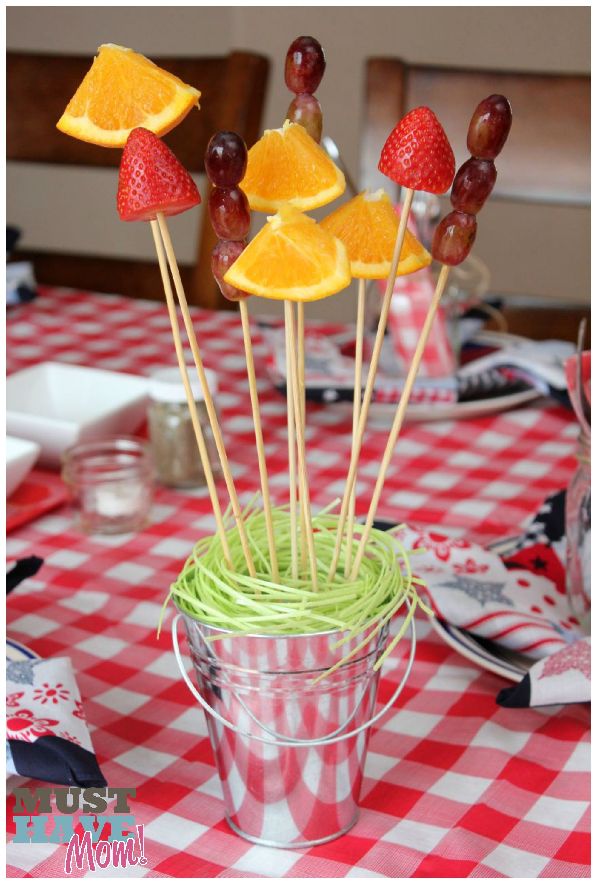 Host The Ultimate BBQ Party BBQ Party Ideas, Tablescape
