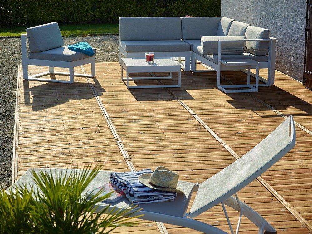 dalles en bois 2 fois plus rapide poser qu une terrasse classique kit dalle bois. Black Bedroom Furniture Sets. Home Design Ideas
