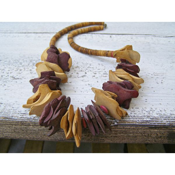 Boho wood disc Necklace, Vintage Chunky boho Jewelry, Coconut Shell,... ($32) ❤ liked on Polyvore featuring jewelry, necklaces, shell necklace, seashell necklace, chunky flower necklace, vintage leaf necklace and burgundy necklace
