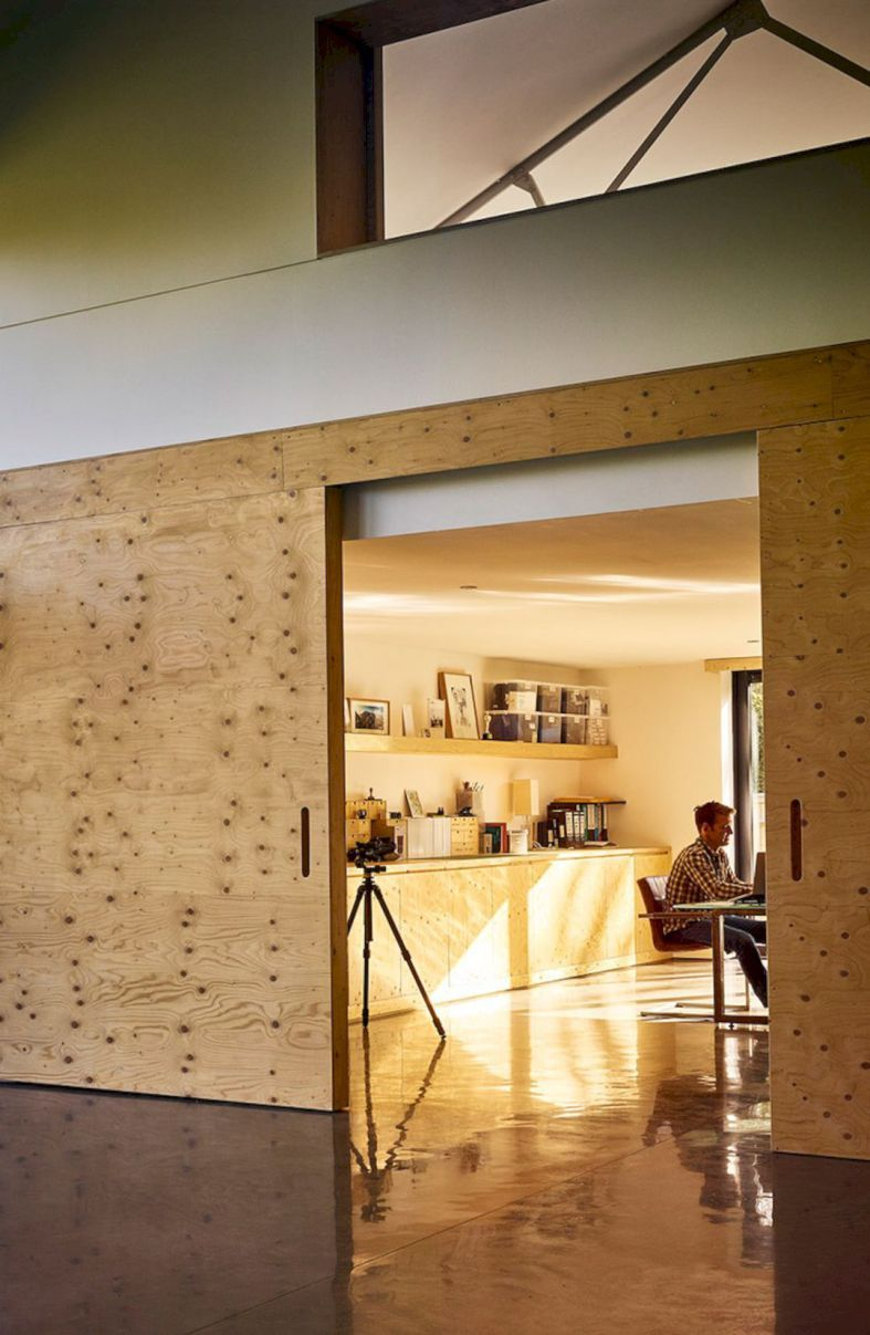 The Apple Store: A Family Room, Workshop, and Studio in One Package ...