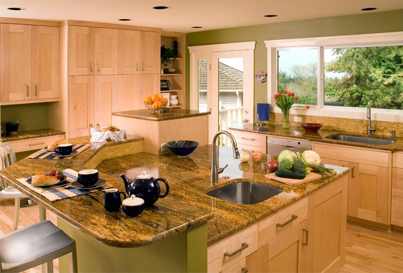 Maple Canyon Creek Cabinet Company Galley Kitchen Design Maple Cabinets Kitchen Design