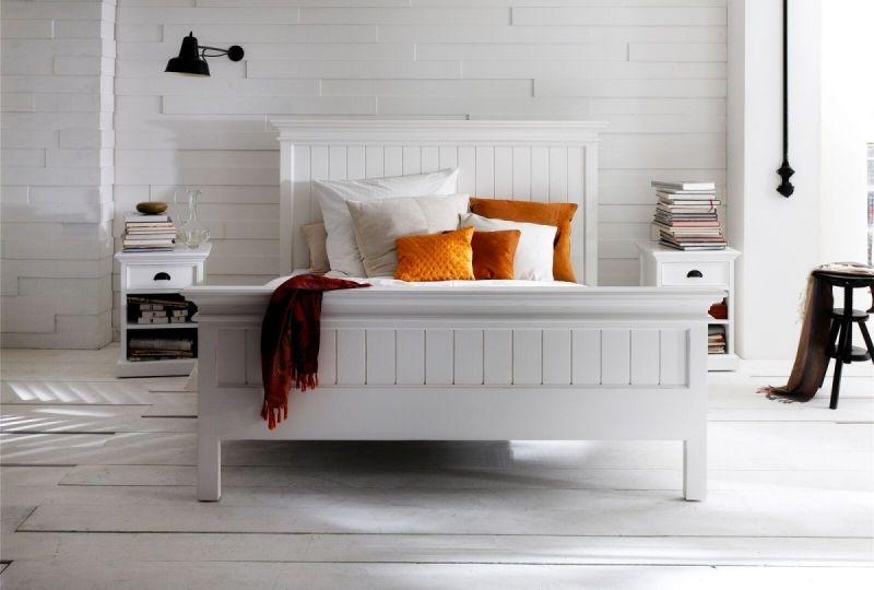 Nova Solo Kingsize Bett bei Villatmo VILLATMO - Designer Möbel - Schlafzimmer Landhausstil Weiß