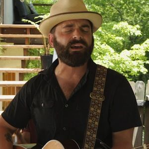 915be8c54ccd Paste's Maplewood Sessions in Nashville, Tenn.: Drew Holcomb & The ...
