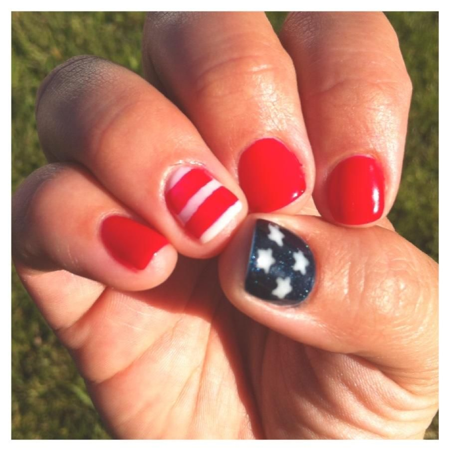 Shellac Nails For The Fourth