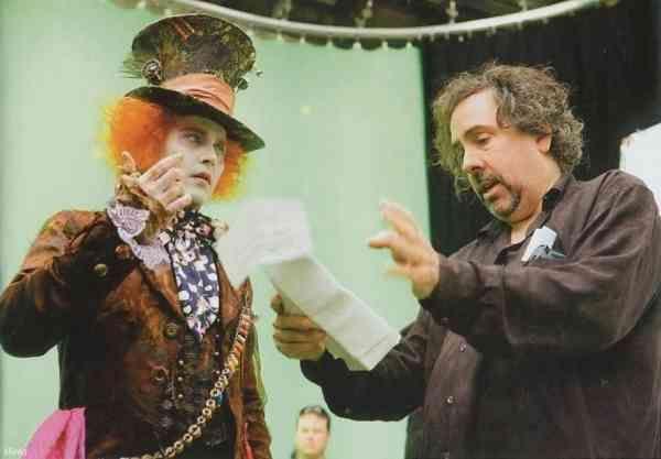 Hatter Behind The Scenes Mad Hatter Johnny Depp 21062630 886 616