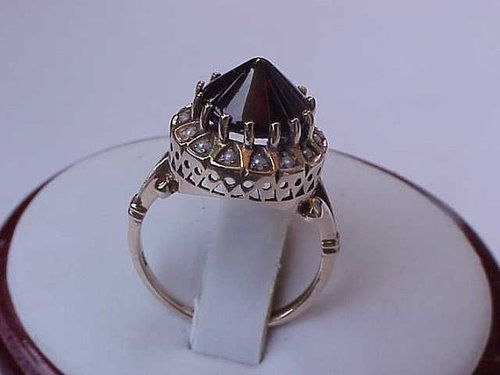 Antique Unique Victorian 14K Yellow Gold Ring:Genuine Garnet & Seeds Pearl,1800s