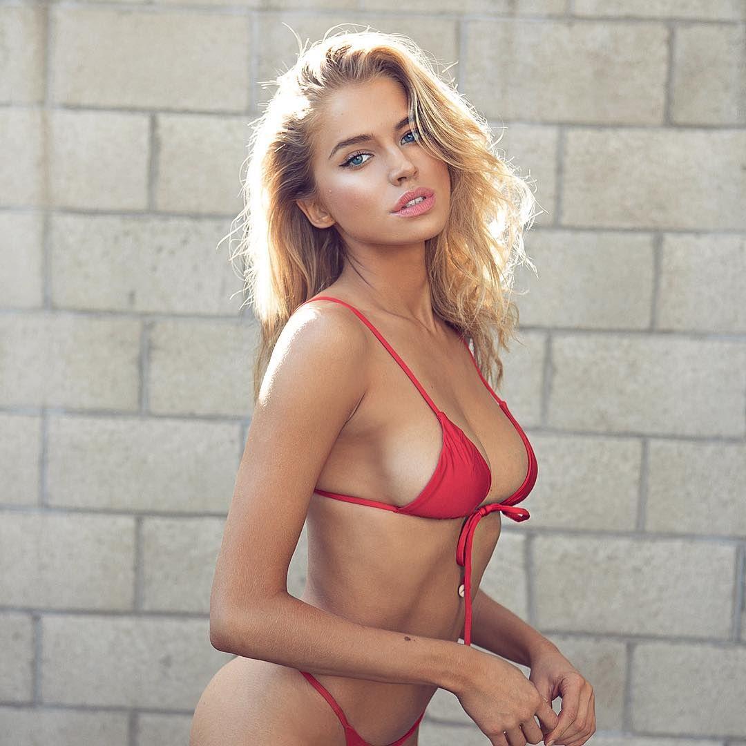 naked (83 photos), Bikini Celebrites image