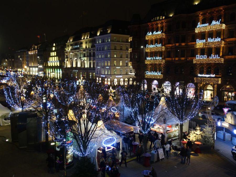 Jungfernstieg Weihnachtsmarkt.Weihnachtsmarkt Am Jungfernstieg Hamburg Hamburg Und