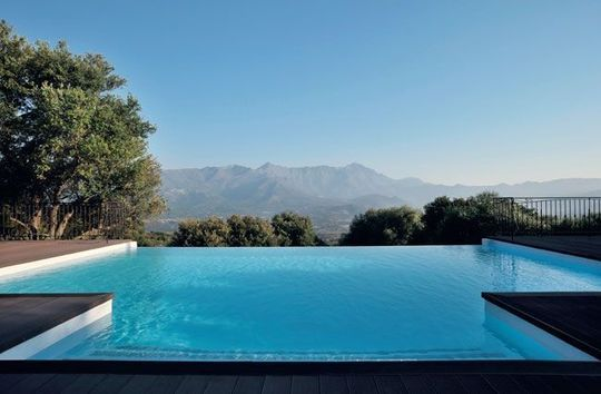 maison corse les plus belles maisons de l 39 ile de beaut pools pinterest piscine piscine. Black Bedroom Furniture Sets. Home Design Ideas