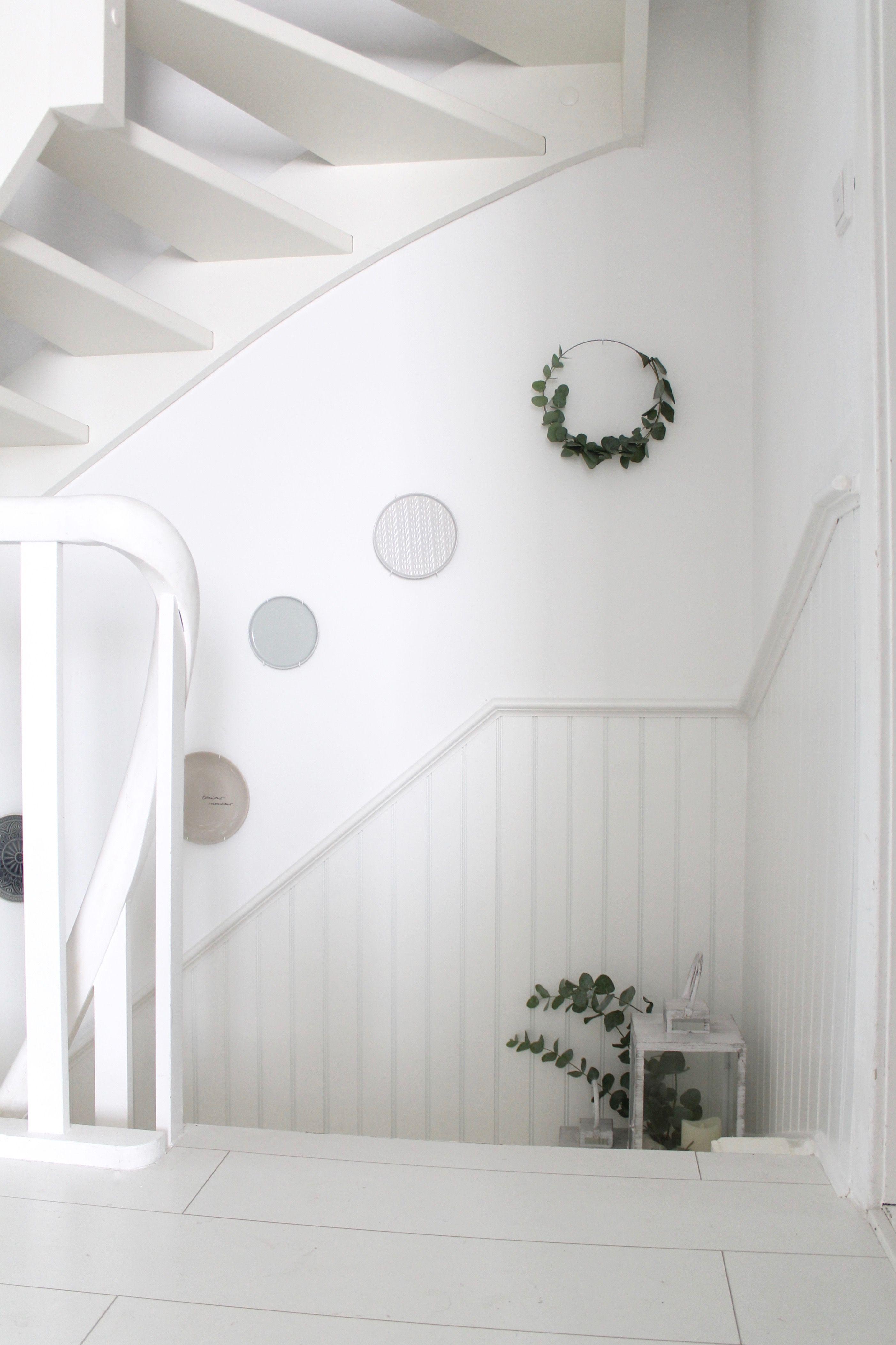 Traum Treppenaufgang Von Www Brittabloggt De Wandverkleidung Whiteliving Treppenverkleidung Interior I Treppe Haus Treppenverkleidung