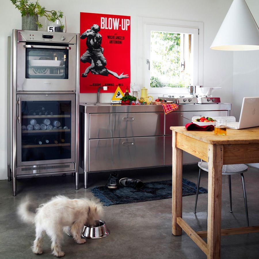 tolle singlek che mit industrie design elementen ideen f r eine kleine k che pinterest. Black Bedroom Furniture Sets. Home Design Ideas