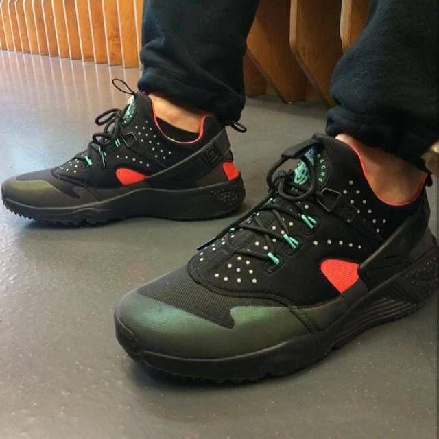 Discount q8msd hyzvki August Deals Nike Roshe Run Mens