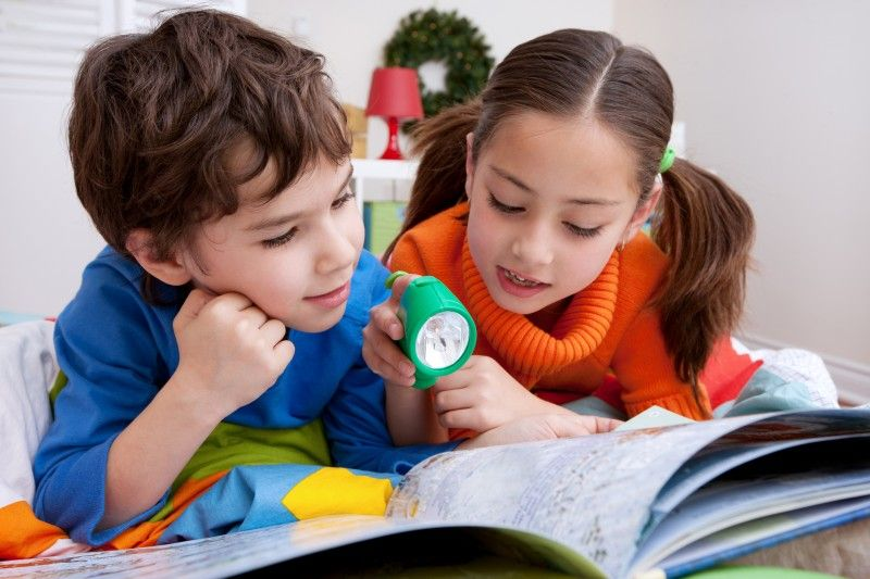 6 Ways to Keep Your Child Learning Over the Holiday Break
