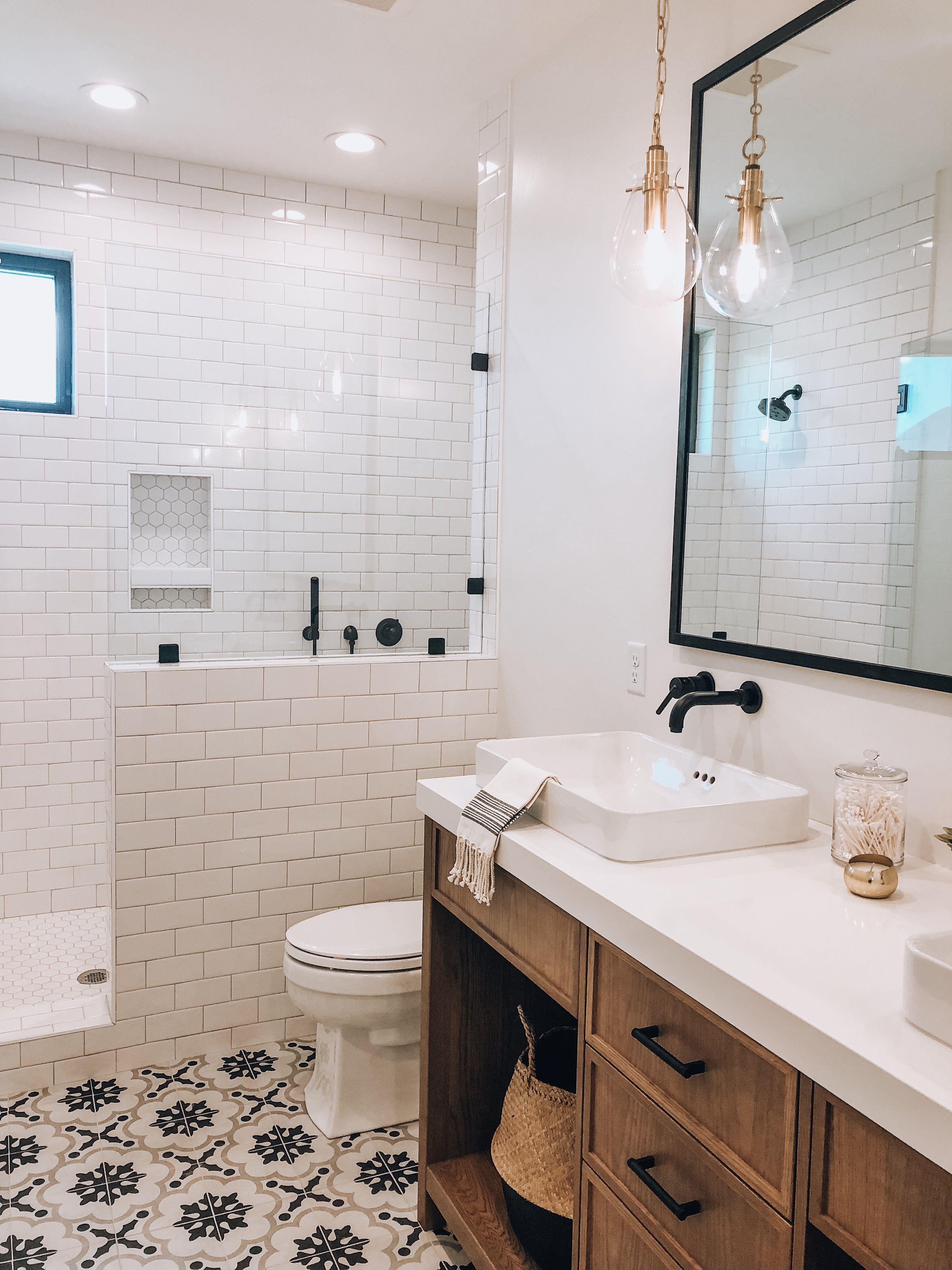 Best Of Uvparade Summit Creek Home 4 Guest Bathroom Guest Bathroom Home Parade Of Homes Tiny home interior guest bathroom