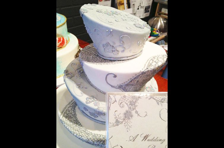 dr seuss wedding cake - Google Search