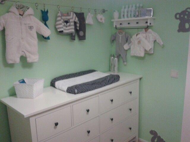 Baby boy kamer lijntje gordijnrails ikea hou van de kleur