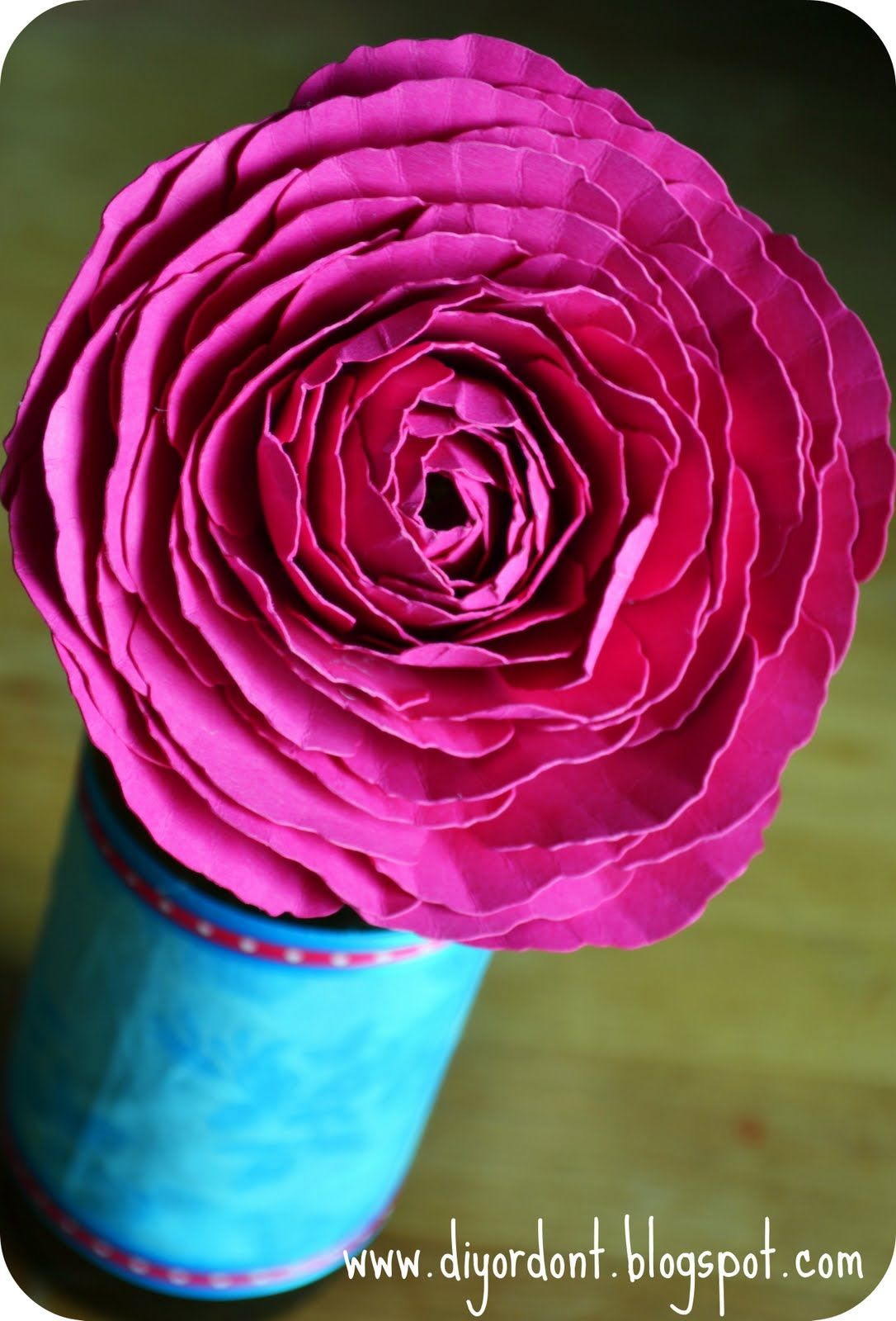 How to make a paper ranunculus flower never see your flowers how to make a paper ranunculus flower never see your flowers wither again mightylinksfo