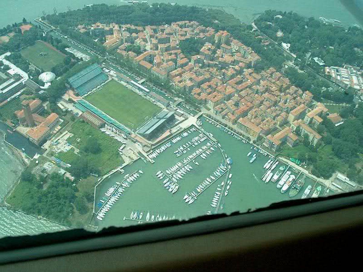Stadio pierluigi penzo casa del foot ball club unione - Happy casa mestre ...