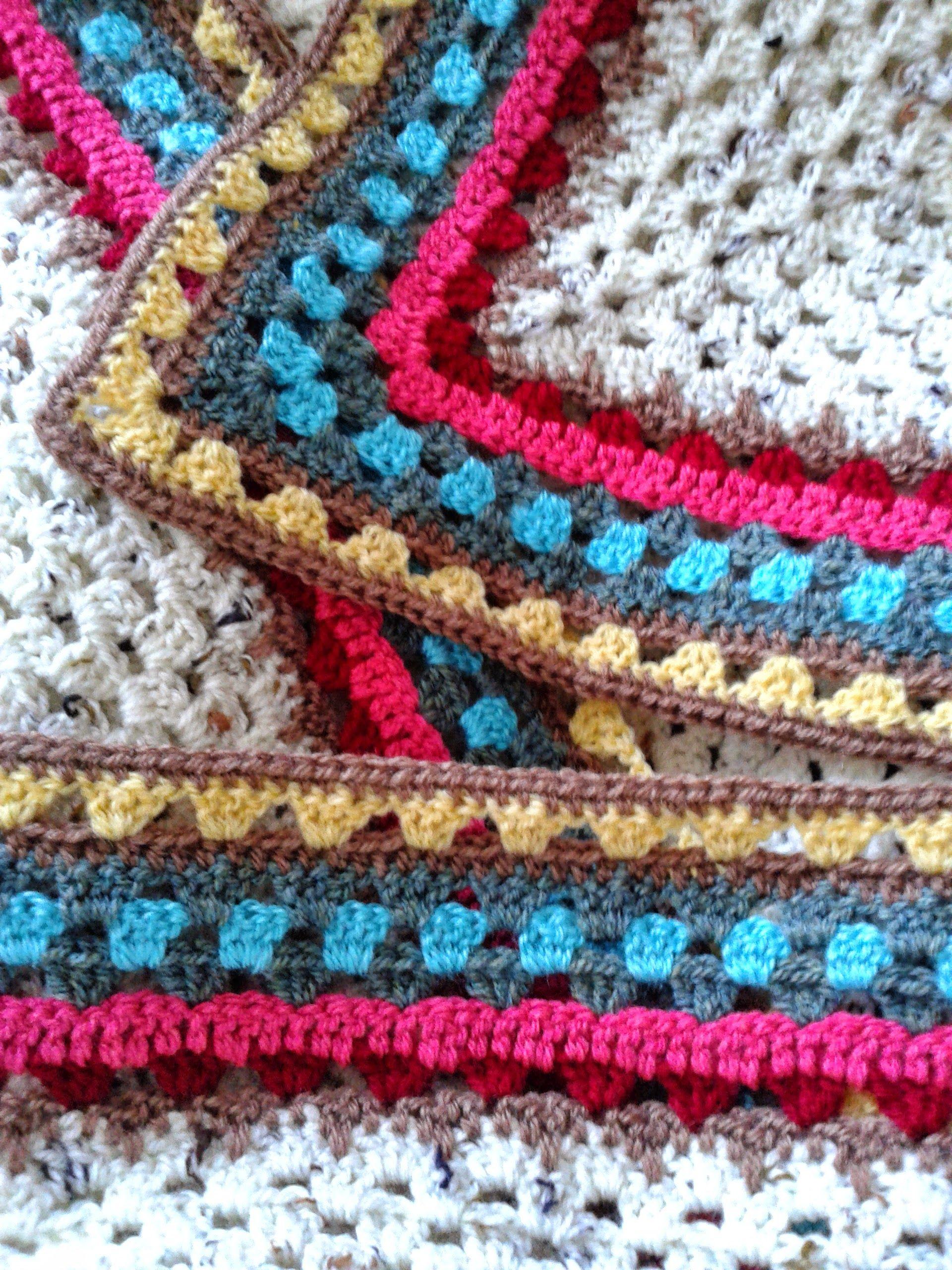 011 Red Spiral Crocheted Cushion   Bavarian crochet, Spiral crochet ...