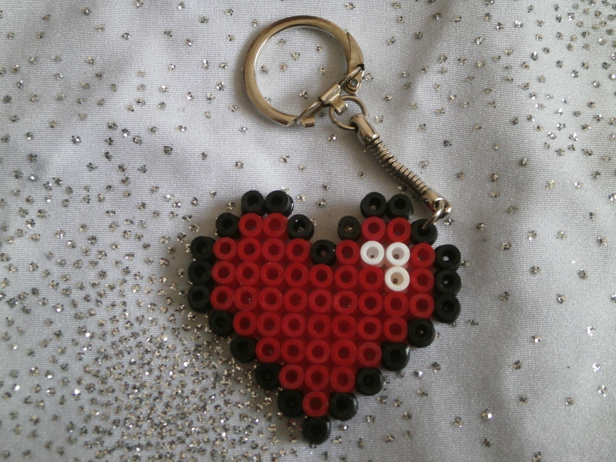 Porte cl coeur en perle hama couture pinterest perles hama porte cl et hama - Porte cle perle ...