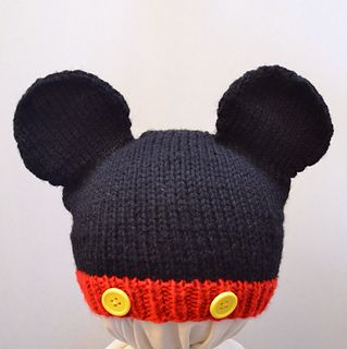 8a3c5dc1f75 This is a knit-in-the-round hat inspired by Mickey and Minnie Mouse. It is  made using worsted weight yarn and incorporates slipped stitches and  picking up ...