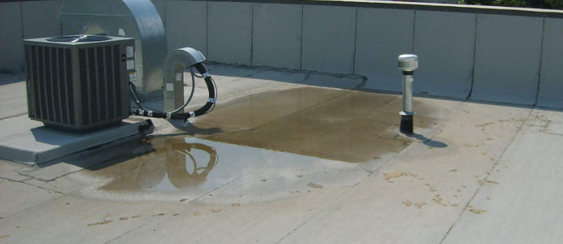 If Your Roof Is Leaking You Must Consult The Situation With An Experienced Contractor And Find Out Different Flat R Roof Repair Diy Flat Roof Repair Flat Roof