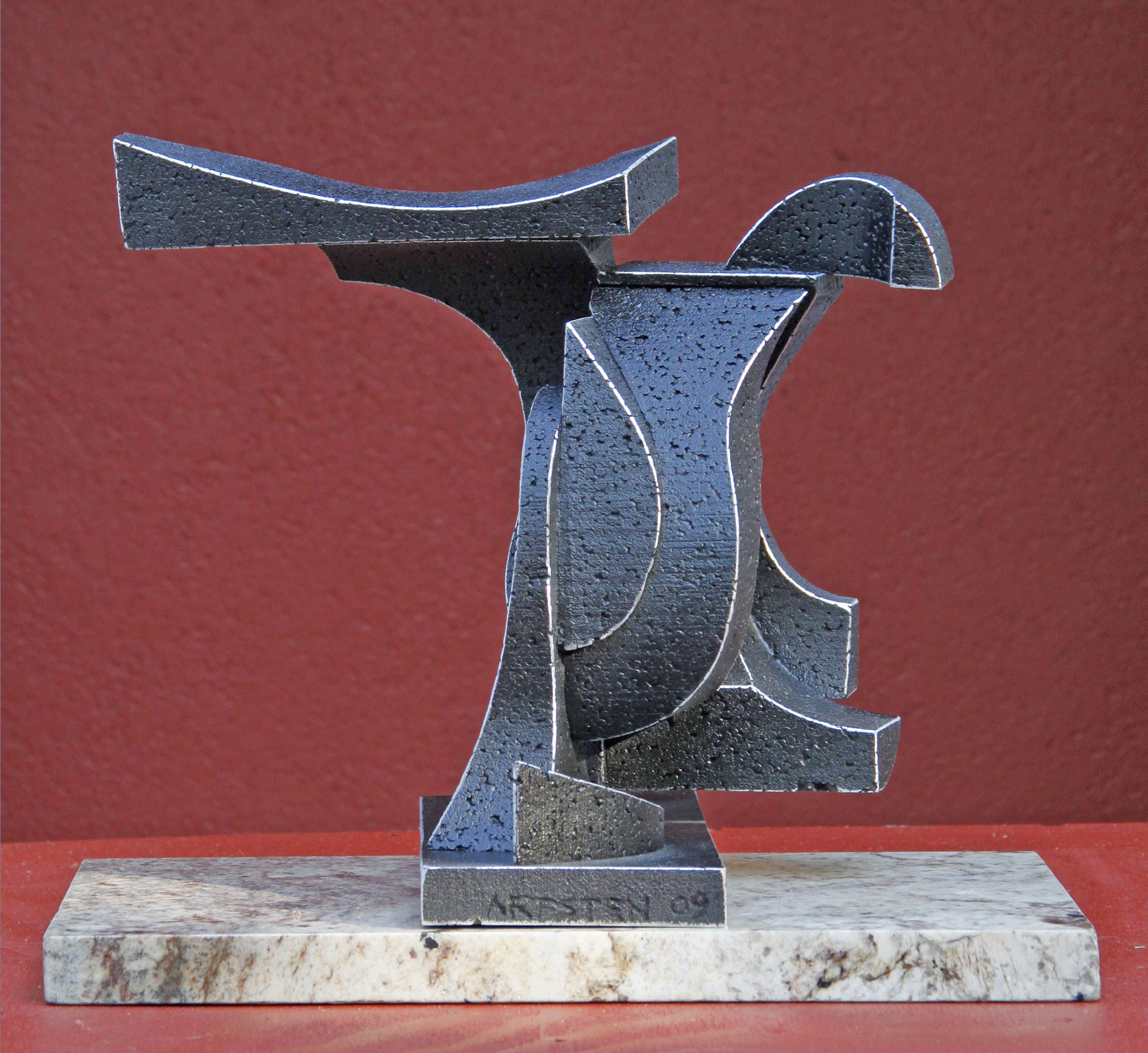 What Goes Around Comes Around, a abstract sculpture by Richard Arfsten