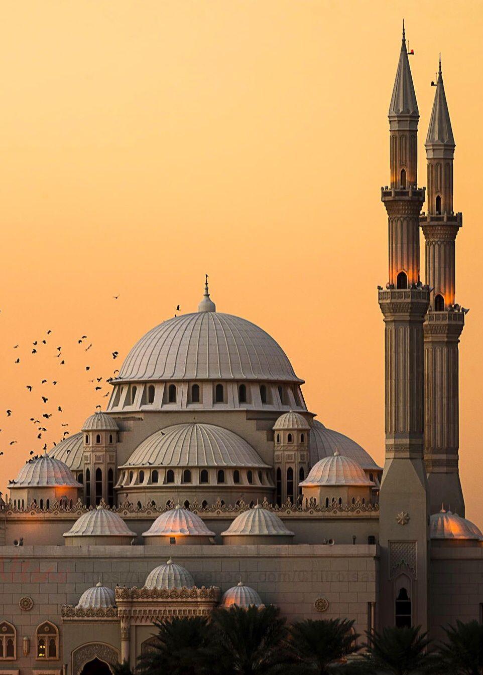 Al Noor Mosque Sharjah United Arab Emirates Camiler Camii Islam