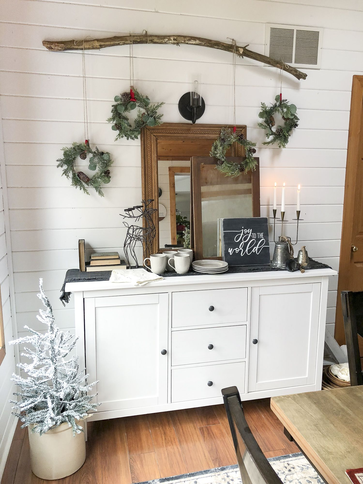 Vintage Christmas Decorations Kitchen