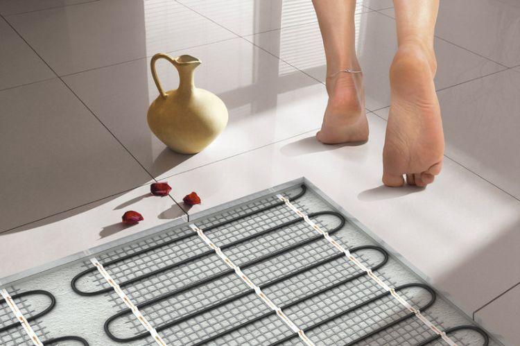 elektrische fu bodenheizung komfort energieeffizient kosten sparen vorteile heizsystem. Black Bedroom Furniture Sets. Home Design Ideas