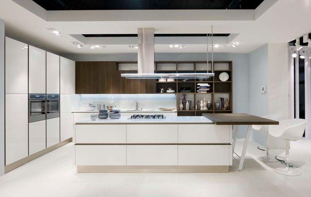 Arredare una cucina all\'americana - Cucina di ampie dimensioni