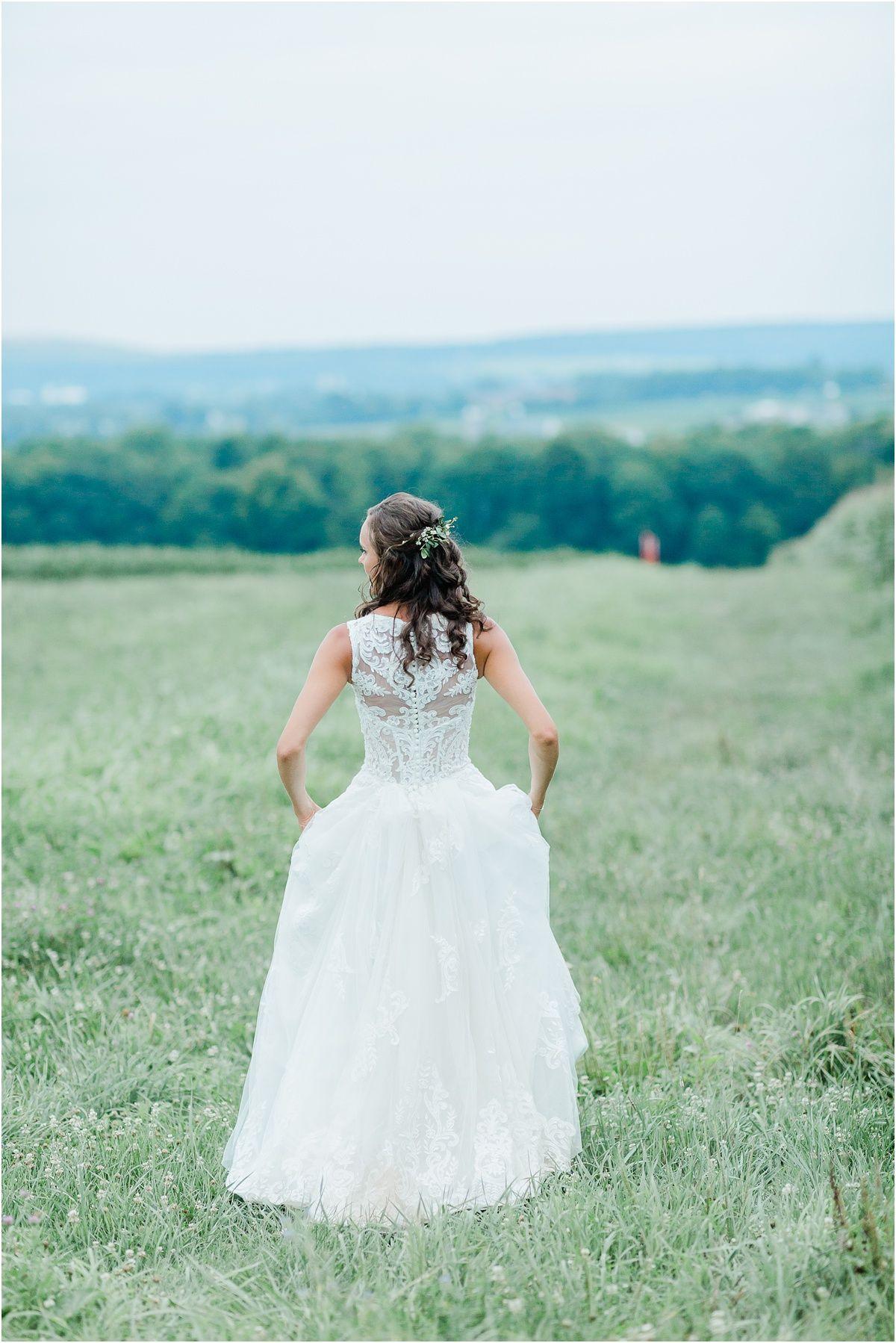 Backyard Farm Wedding Ethan Megan Wedding Photography Photographer Charlottesville Summer Wedding Photos Outdoor Wedding Dress Princess Style Wedding Dresses [ 1798 x 1200 Pixel ]